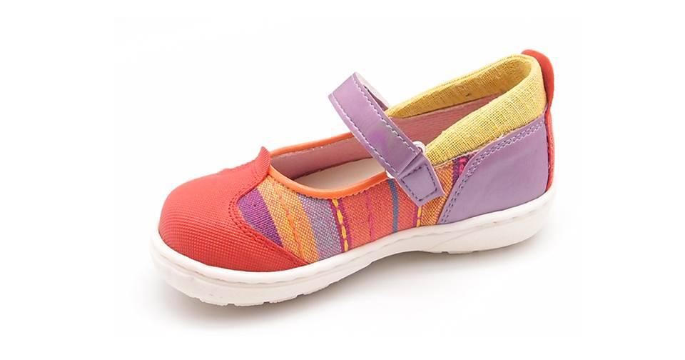 Cawana, una firma de zapatos para niños nacida en España