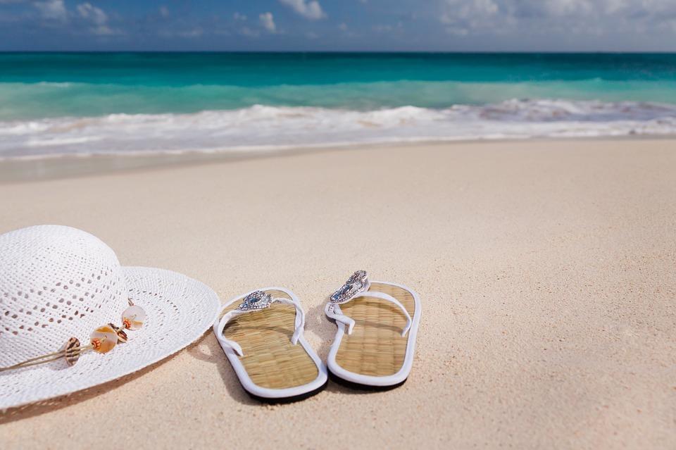 Monta un negocio de sandalias playeras infantiles cien por cien personalizadas