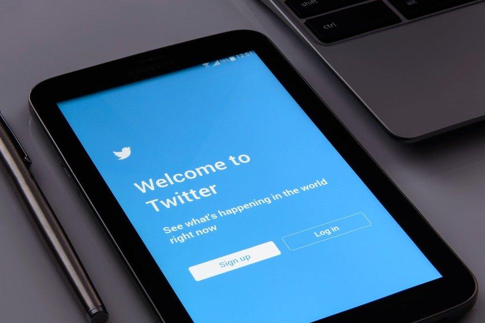 El origen de Twitter, una red social valorada en 22.000 millones de dólares