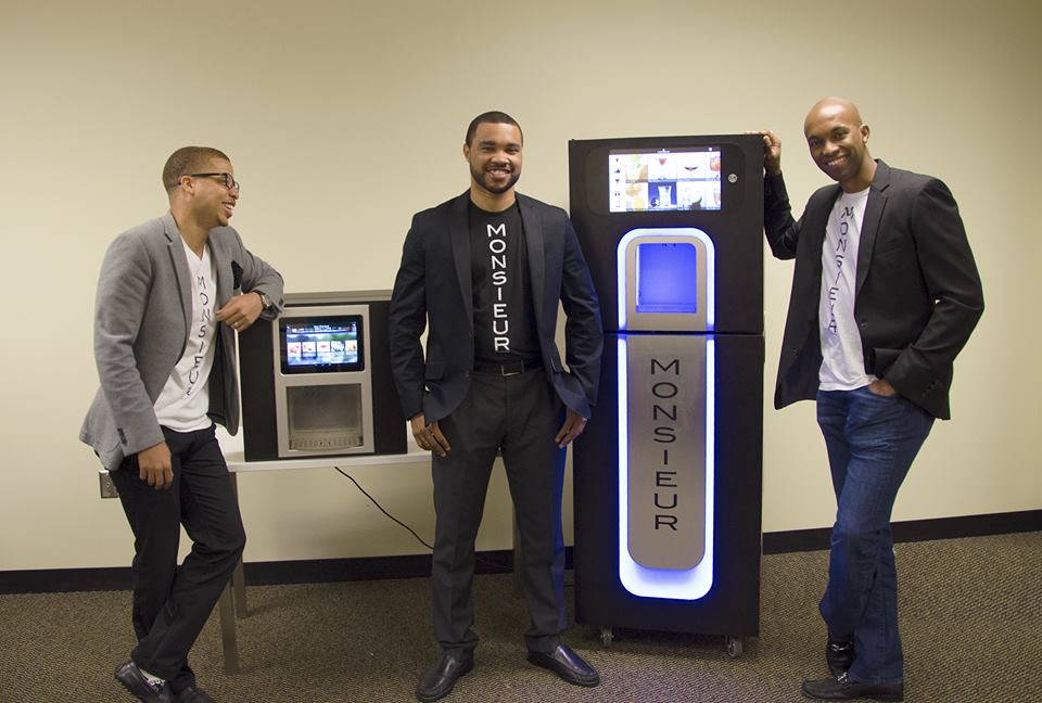 Si te gustan las nuevas tecnologías, inspírate en Monsieur, un robot que prepara cócteles