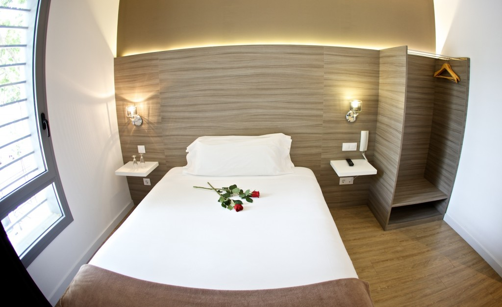 Los emprendedores de hoteles bestprice ofrecen for Hoteles barcelona habitaciones cuadruples