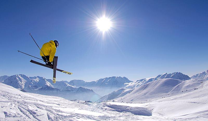 Esta Navidad, pásalo genial esquiando y vuelve al trabajo con las pilas cargadas