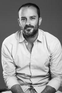 Entrevistamos al emprendedor Alberto Velarde, fundador y CEO de Flamingo Sunglasses