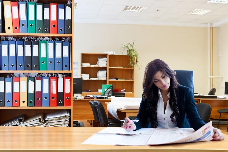 El 72 % de los profesionales de la comunicación son mujeres