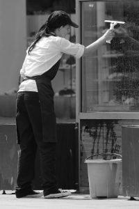Cómo una empresa de limpieza puede mejorar el entorno de trabajo