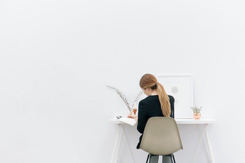 8 ideas de negocio para madres que se pueden desarrollar desde casa