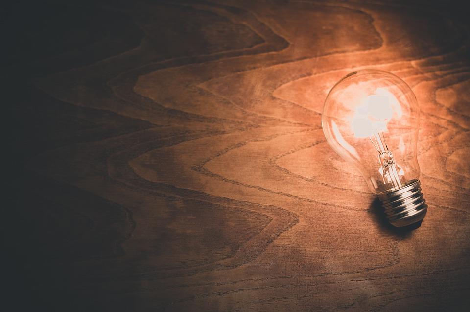 Cómo iluminar tu oficina de la forma correcta