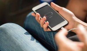 5 consejos para cuidar el cargador del móvil del modo correcto