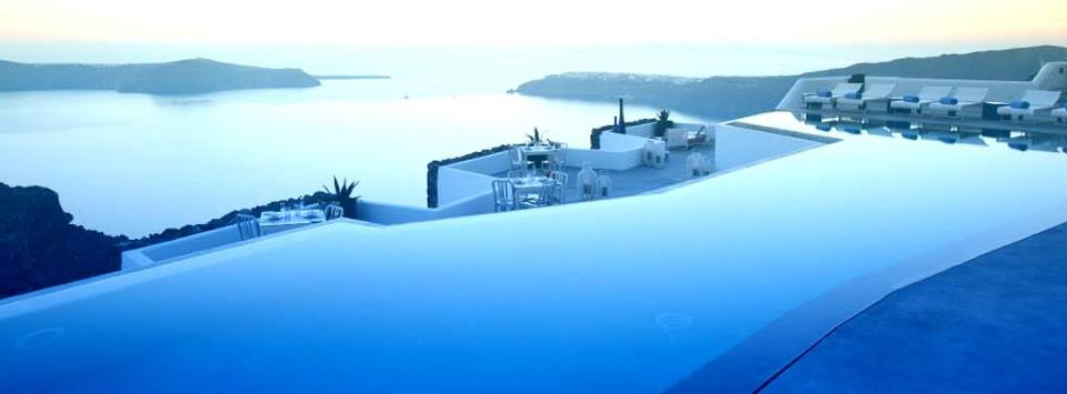 Monta una empresa de cubiertas de piscina y emprende en un sector con gran demanda