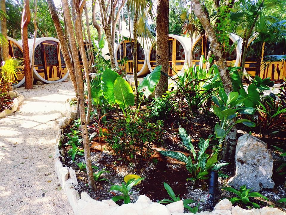 """Emprendedores españoles crean el primer """"tubohotel"""" de la Riviera Maya"""