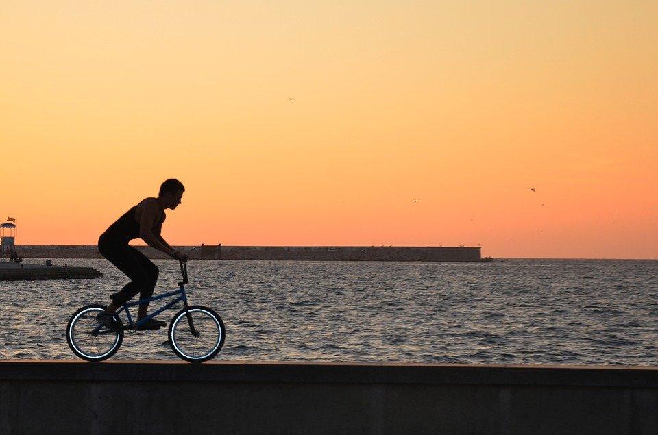 Ir en bicicleta al trabajo, la mejor opción para los emprendedores más deportistas
