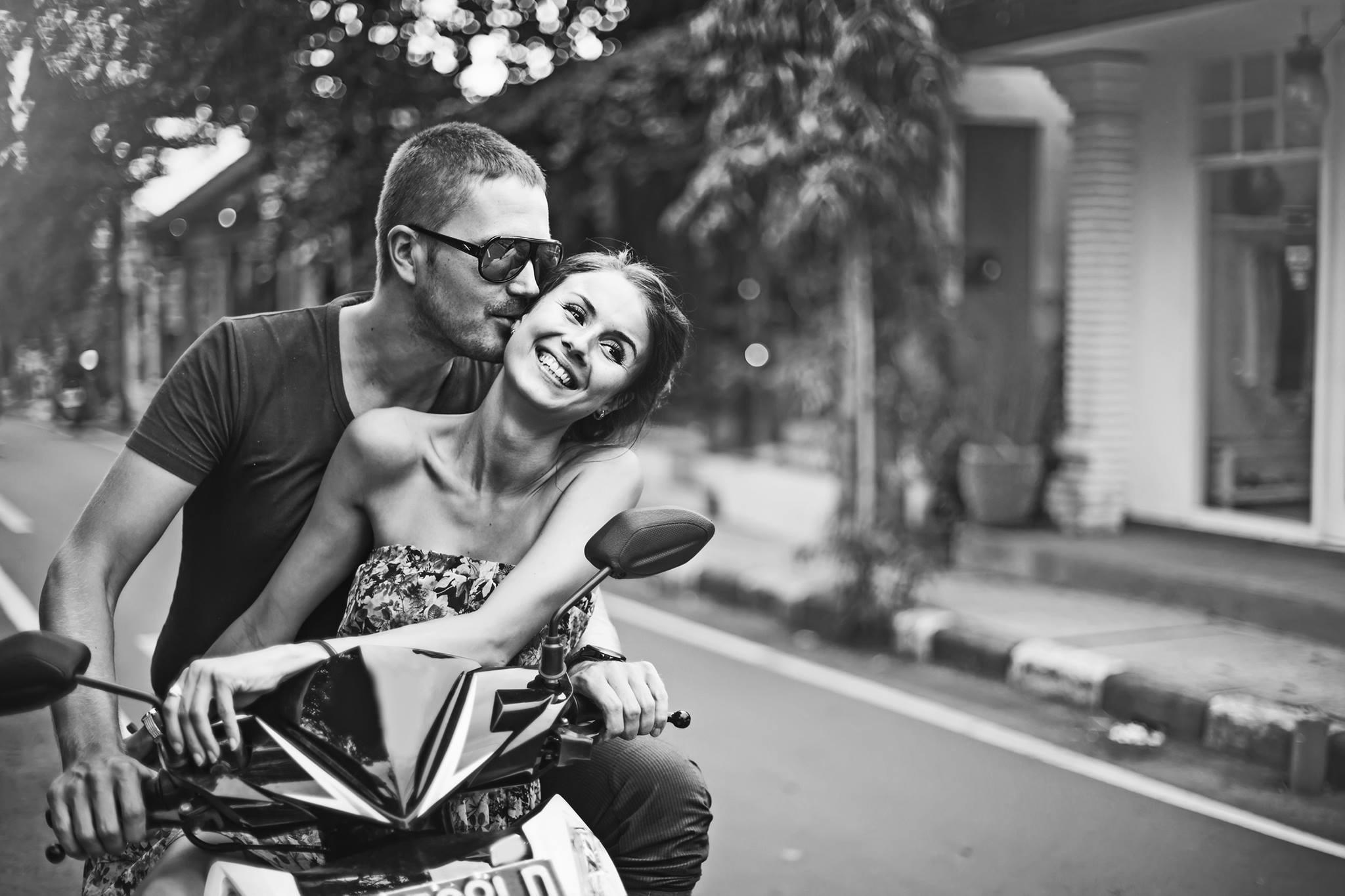 Crea un portal de citas como SingldOut, que usa la genética para encontrar el amor