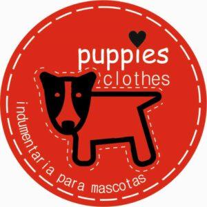 El emprendedor Aníbal Coloma confecciona ropa para mascotas de forma artesanal