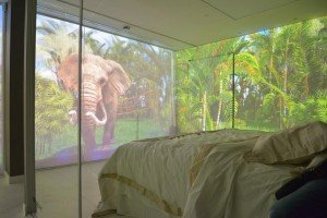 Llega Sensory Room, un proyecto que permite dar un paseo en globo desde la habitación del hotel