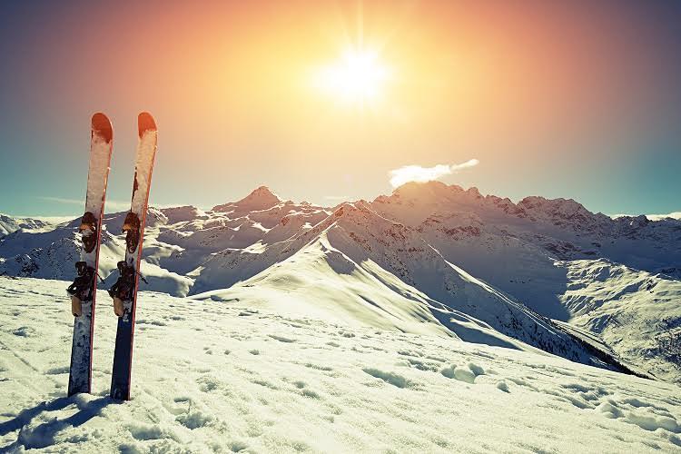 ¿Vas a esquiar durante las vacaciones de Navidad? ¡Yatelollevo.com te permite viajar sin equipaje!