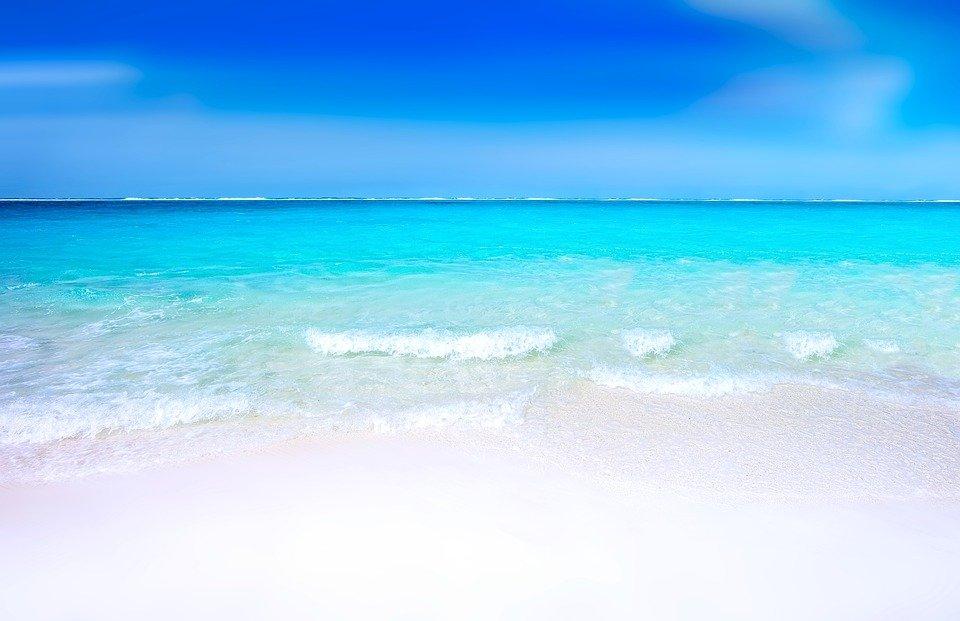 Los beneficios de bañarse en el mar en invierno