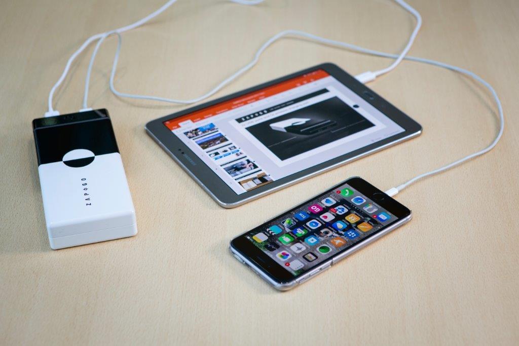 Grafeno, un material para cargar baterías en 5 minutos que triunfa en el Mobile World Congress