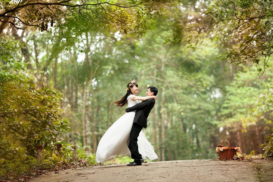 El 90 % de los recién casados se va de luna de miel. ¡Emprende en este sector!