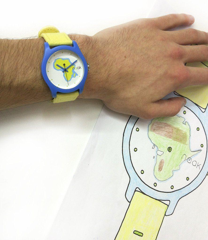 ¿Quieres emprender con un proyecto solidario? Inspírate en BINEBOMBO, un reloj diseñado por niños de Guinea
