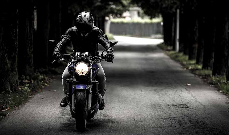 ¿Son rentables los comparadores de seguros de moto?