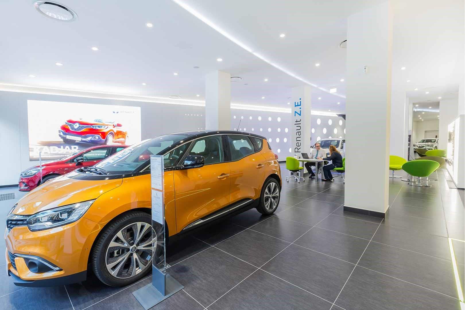 ¿Tienes un negocio centrado en la venta de coches? Fíjate en Renault