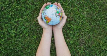 Cuida el planeta imitando a Revoolt, una startup que apuesta por los triciclos eléctricos - Diario de Emprendedores