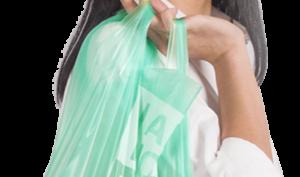 Kevin Kumala crea unas bolsas de yuca que se disuelven al entrar en contacto con el agua - Diario de Emprendedores