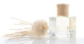 ¿Vas a abrir una tienda de cosmética? Recuerda que el 77 % de los millennials elige productos envasados en vidrio - Diario de Emprendedores