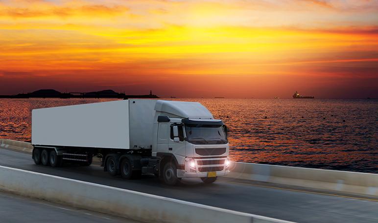 Ventajas de alquilar un camión para los emprendedores - Diario de Emprendedores