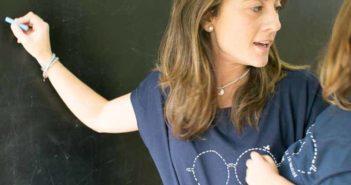 Uttopy crea camisetas solidarias con mensaje para promover la educación gratuita - Diario de Emprendedores