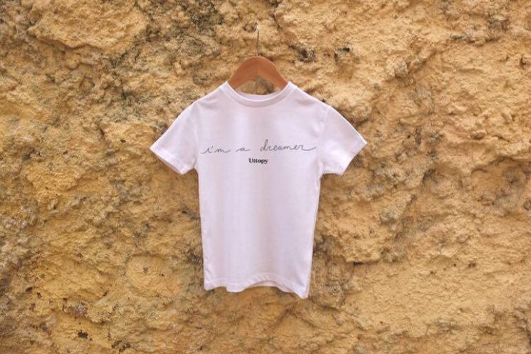 "La colección de moda de Uttopy ""I'm a Dreamer"" recauda 4.000 euros a través del crowdfunding - Diario de Emprendedores"