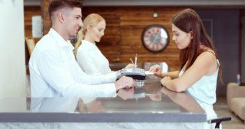 La app Deltaid Mobile permite completar el check-in on-line desde casa - Diario de Emprendedores