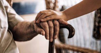 La startup Neki lanza Nock Senior, unos dispositivos para ayudar a las personas con Alzhéimer - Diario de Emprendedores