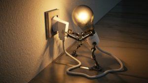 8 motivos para tener un contador eléctrico propio, alquilado o comprado