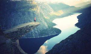 5 consejos para multiplicar los beneficios de practicar yoga durante las vacaciones - Diario de Emprendedores